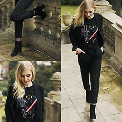 Tatiana Jesionowska - Bershka T Shirt, Born2be Shoes, Sinsay Jacket - FIRST LOOK