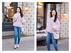 Lisa Valerie Morgan - Storets Faux Fur Sweatshirt And Bag, Mott & Bow Jeans - Cozy Faux Fur Sweatshirt and Amazon Giveaway