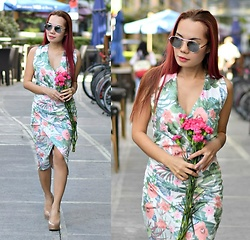 Julie Lozada - Fashion71 Floral Dress - A Beautiful Valentine