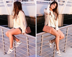 Kaya Peters - H&M Cozy Sweater, Charles&Keith Velvet Pink Bag, Buffalo Army Pink Sneakers - Pink Love