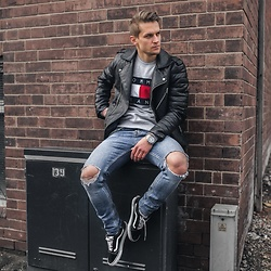 Dbrodovski - River Island Jacket, Tommy Hilfiger Jumpers, New Look Jeans, Vans Shoes - Keeping old skool by wearing leather jacket *