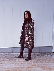 Siobhan Goodman - Aldo Thigh High Boots, Vintage Embroidered Coat, Aritzia Sweater Dress - First Attempt At Spring