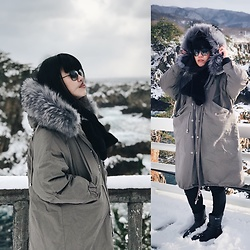REDWAY REDWAY - Korea Big Fur, Gucci Sunglasses, Aigle Shoes, Uniqlo Legging - Snowing day in JAPAN