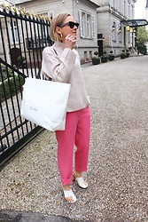 Anna Borisovna - Céline Sunglasses, H&M Sweater, H&M Pants, Céline Shoes, Céline Bag - Pink Monday