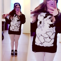 Taya Tuk - Killstar Unicorn Sweater, Tally Weijl Unicorn Beanie - 180215