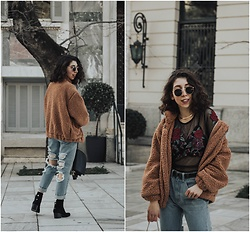 Theoni Argyropoulou - Teddy Bear Jacket, American Eagle Outfitters Embroidered Mesh Top, Choker Necklace, Stradivarius Belt, Ripped Mom Jeans, Bershka Ankle Boots - Different pair of Ripped Jeans on somethingvogue.com