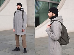 Ovidijus Maslovas - Cos Coat, Weekday Pants, Nike Shoes - Shaded Urban Patterns