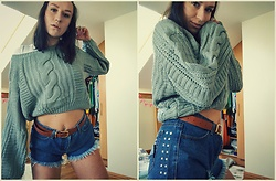 Szymka Szymka - Zaful Sweater, Rosegal Denim Shorts - No Makeup