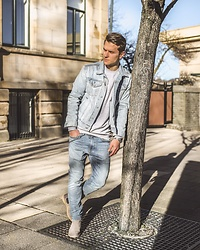 Dbrodovski - Gap Denim, Levi's® Jesns, Zara Shoes, H&M Jumper - Denim is always a good idea*