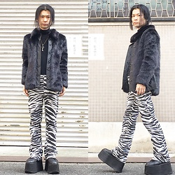 @KiD - Minkpink Fake Fur Jacket, Marc By Jacobs Key Necklace, Vintage Zebra Pattern Pants, Buffalo Platform - JapaneseTrash318