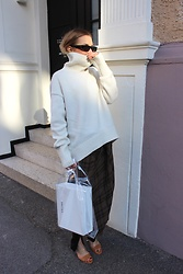 Anna Borisovna - H&M Knit, Zara Skirt, Mango Shoes, Mango Bag, Zara Sunglasses - The Spring Skirt