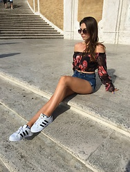 Justyna -  - Romantic style in Rome !