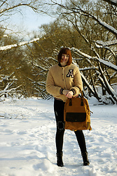 Yana Bezdushna - Sammydress Coat, Gamiss Backpack, Yoshop Jeans, Call It Spring Boots - Winter in Russia