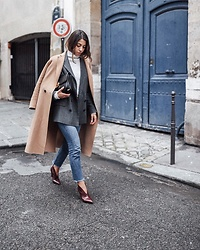 Fadela MECHERI - Isabel Marant Shoes, Levi's® Jeans, Pablo Blazer, Céline Bag - PARIS-CHIC