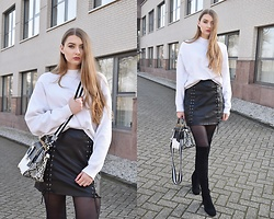 Paulina Kędzierska - White Blouse, Leather Skirt, White Bag, Black Legwear, Black Heels - HOW TO WEAR LEATHER SKIRT
