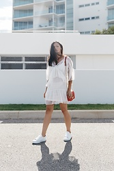 Shann V - Missguided Lace, Asos Trainers, Minskat Copenhagen Mini Liz - White Lace Summer Dress