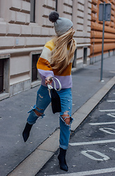 The Blonde Bliss - H&M Sweater, Mango Boots, Prada Handbag, All Details On - Multi color sweater x Boyfriend jeans