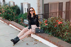 Lisa Valerie Morgan - Chanel Bag, Tommy Hilfiger Boots - How to Dress Like a Londoner