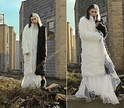 Milex X - Rosegal Fur, Rosegal Dress - BLACK AND WHITE