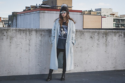 Maria P - Topshop Black Pompom Beanie, Topshop Mint Duster, Topshop Cher T Shirt, Aliexpress Otk Boots - Turn Back Time