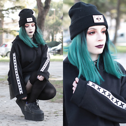 Federica D - Goodbye Bread Oversized Hoodie - Crosses