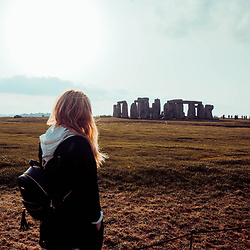 Wioletta M - Boohoo Jacket, Aldo Backpack - My travel Look - Stonehenge