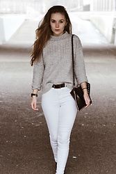 Vera Vonk - Mango Grey Sweater, Mango White Jeans, Cluse Watch - City girl