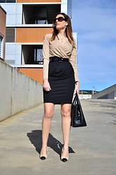Elisabeth Green - Fashionmia Dress - Camel and Black