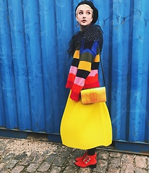 Alice Jones - Monki Skirt, Urban Outfitters Jumper, & Other Stories Bag, Asos Shoes - A rainbow on a otherwise gray day