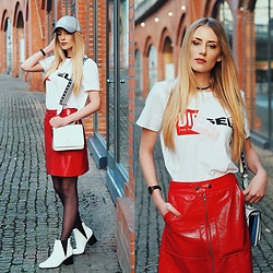 Laura Simon - Steve Madden White Boots, Edited Vinyl Skirt Red, Diesel Shirt, Tommy Hilfiger White Bag - Red Skirt with white Accessoires