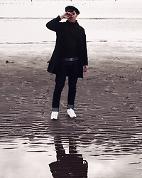 Effendy Sigit - Uniqlo Turtle Neck, Zara Coat, Uniqlo Jeans, Adidas Sneakers - Upside Down