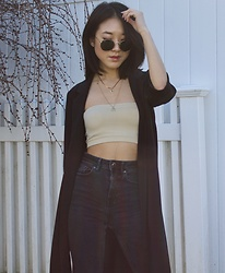 Keri H - Ray Ban Round Sunglasses, Forever 21 Longline Blazer (Similar), L Space Tube Top (Similar), Redone High Waisted Flared Jeans (Similar) - Layering Gold