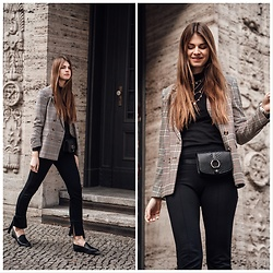 Jacky - &Otherstories Blazer, &Otherstories Pants, Flattered Shoes, &Otherstories Beltbag, Vila Turtleneck - Let's talk about the beltbag trend