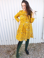 Jana Lukic - Zaful Floral Yellow Dress, Gamiss Black Boots - Hello spring