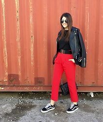 Virginia Kar -  - Red alert | thevirgostyle.blogspot.gr