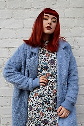 Jessica Gutteridge - Zara Paisley Shift Dress, Blackbetty Blue Teddy Coat - Paisley Blue Spring