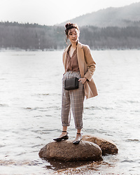 Gabby Chia - Topshop Coat, Topshop Checked Pants, Newlook Mary Jane Flats, H&M Cross Body Bag - Stranded