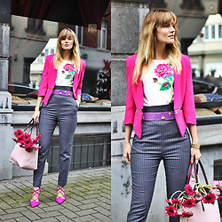 Ruxandra Ioana - Jun& Juli T Shirt, Michael Kors Bag - TipToe