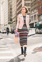 Tracy Qiu -  - An outfit for spring