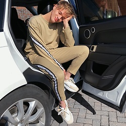 Peter Jones -  - Boohoo man co ord, ig peterjonesstyle