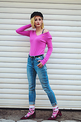Evilish Queeny - Second Hand Cashmere Pink Sweater, Pink Military Socks - Military Pink