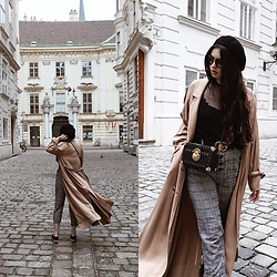Paula - H&M Coat, Gucci Belt - Trench weather