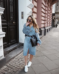Fashiontwinstinct - Topshop Midi Skirt, Marc Jacobs Sunnies, Calvin Klein Belt, Gestuz Blouse - Denim Blue.