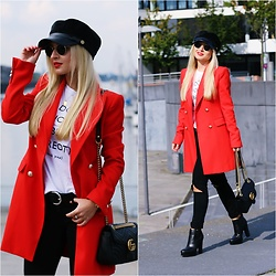 Justyna B. - Gucci Bag, Ray Ban Sunglasses - Red Long Blazer