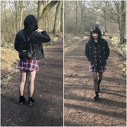 Idolsandanchors - Motel Rocks Tartan Slip Dress, Asos Velvet Adventure Boots, H&M Fishnet Tights, Topshop Oversized Dark Denim Jacket, Wanderdusk Choker, Boohoo Black Crop Top, Boohoo Rucksack - Kansas City