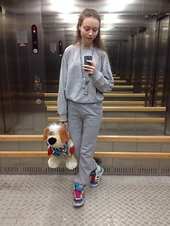 Lexa - Adidas Sneakers, Modis Pants, My Handmade Accessories, Present From President Backpack - 150.
