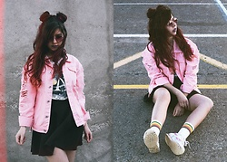 Verónica MG - Rosegal Pink Denim Jacket, Rosegal Rainbow Socks - Retro cute