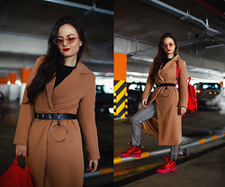 Ann Kos - Coat, Belt, Backpack, Boots, Sunglasses - CAMEL & RED