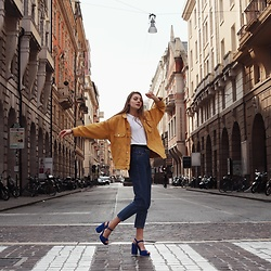 Dasha - H&M Jacket, Zara T Shirt, Zara Jeans, Attizzare Heels - Walking' down the street