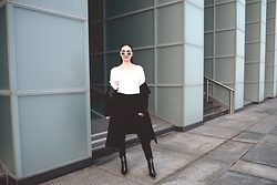 Anna Puzova - Sammydress Coat, Zaful Sweater, H&M Jeans, Zaful Boots, Zaful Shades - BLACK AND WHITE MARCH
